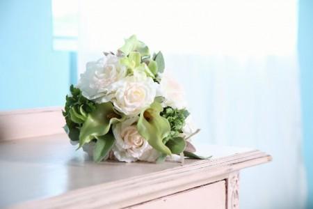 少人数結婚式で司会は頼むべき?