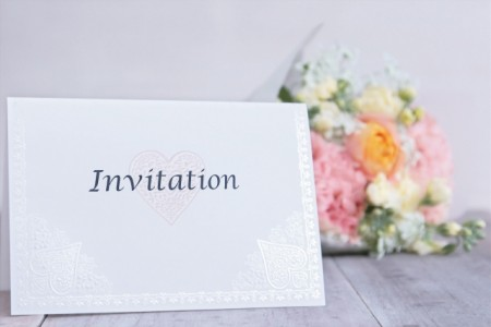 少人数結婚式の招待状で気をつけたいこと!