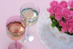 結婚式で「生まれ年ワイン」のギフトを両親へ